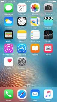 نمایی از صفحهی آغازین iOS