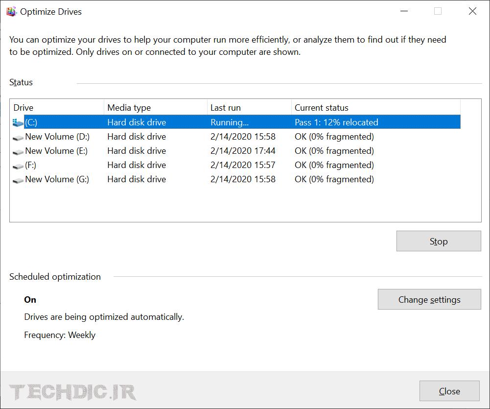 پنجره Optimize Drives در حال دیفرگ کردن